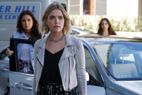 "Pretty Little Liars Recap and Spoilers ""Don't Look Now"": Season 6 Episode 4"