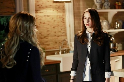 "Pretty Little Liars RECAP 6/25/13: Season 4 Episode 3 ""Cat's Cradle"""
