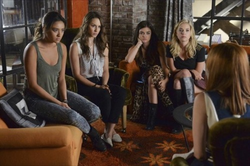 "Pretty Little Liars Recap - Is Mike Helping Alison? Season 5 Episode 18 ""Oh What Hard Luck Stories They All Hand Me"""