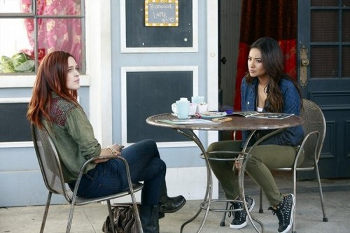 "Pretty Little Liars RECAP 7/30/13: Season 4 Episode 8 ""The Guilty Girl's Handbook"""