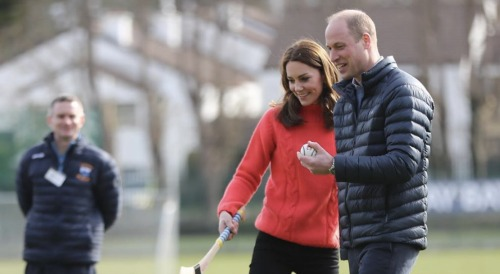 Prince William & Kate Middleton Under Queen Elizabeth's Watchful Eye - Doesn't Want A Repeat Of Other Young Royals' Mistakes