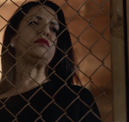 "Queen Of The South Recap 7/26/18: Season 3 Episode 6 ""Los Enamorados"""