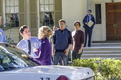 """Ravenswood RECAP 1/14/14: Season 1 Episode 7 """"Home is Where the Heart Is (Seriously – Check the Floorboards)"""""""
