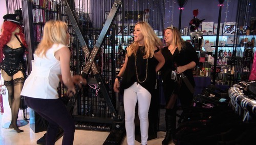 "The Real Housewives of Orange County Premiere Recap: Season 10 Episode 1 ""Under Construction"""