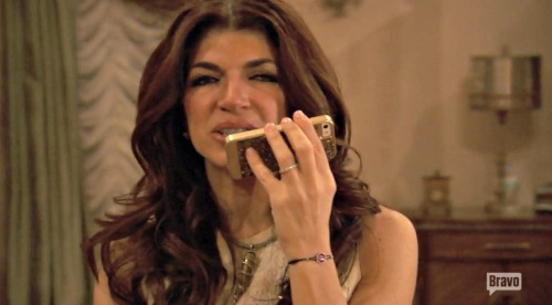 """The Real Housewives of New Jersey (RHONJ) Recap 7/17/16: Season 7 Episode 2 """"A Very Hairy Christmas"""""""