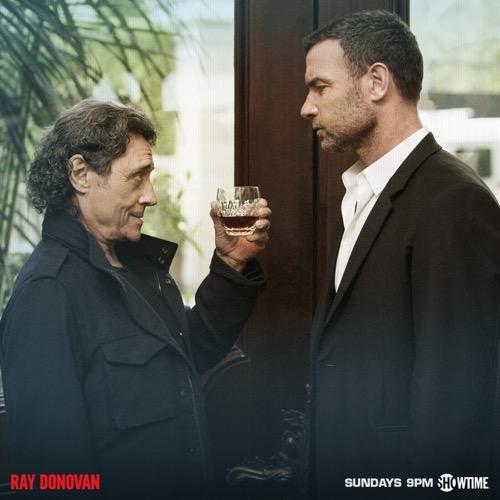 """Ray Donovan Recap 9/27/15: Season 3 Finale """"Exsuscito"""""""