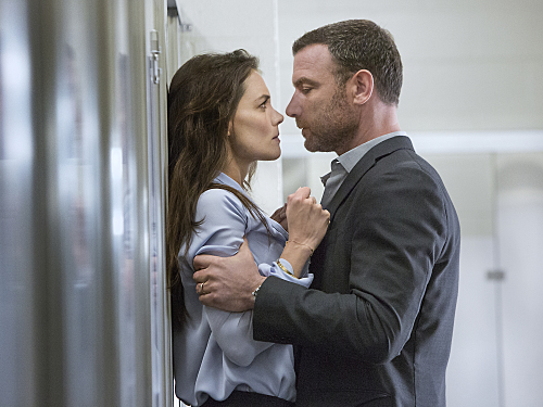 "Ray Donovan Recap 7/19/15: Season 3 Episode 2 ""Ding"""