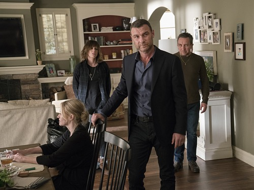 'Ray Donovan' Spoilers: Season 4 Episode 3: Mickey Finds Big Trouble – Belikov's Mob Wants Ray, Donovans In Danger