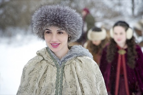 "Reign Recap -The Poisoner Revealed: Season 2 Episode 14 ""The End of Mourning"""