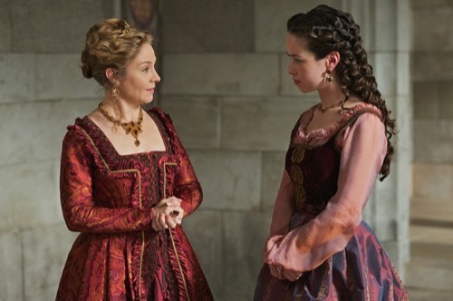 "Reign Recap - Mary and Conde Heat Things Up: Season 2 Episode 16 ""Tasting Revenge"""