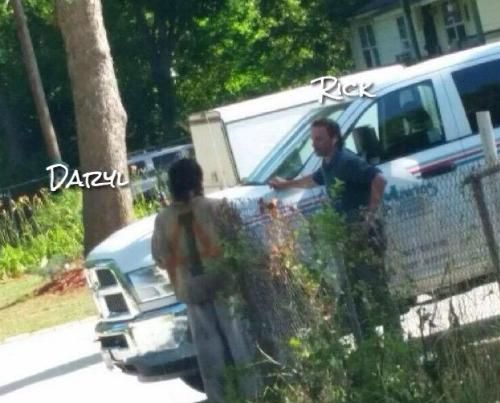 'The Walking Dead' Spoilers: Season 7 – Saviors Invade Alexandria Plus AMC's Plan to Block Leaks!