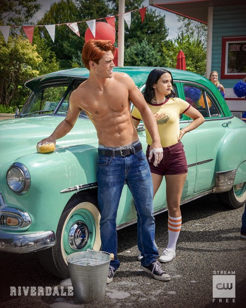"""Riverdale Recap 10/23/19: Season 4 Episode 3 """"Chapter Sixty: Dog Day Afternoon"""""""