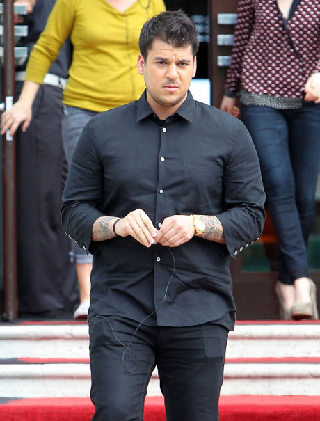 Rob Kardashian Gets Botox to Fix His Drooping Face!