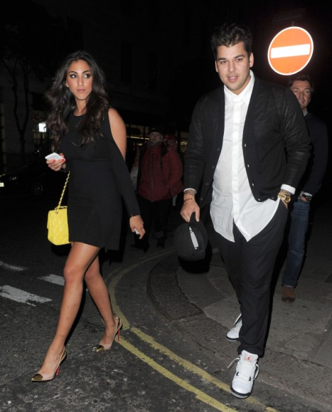 Rob Kardashian Dating Kardashian Look-Alike - Gross Or Good For Him? (Photos) 0403
