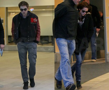 Robert Pattinson & Kristen Stewart Arriving in Vancouver - Photo