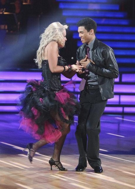 Roshon Fegan Dancing With The Stars Salsa Performance Video 4/16/12