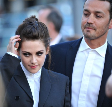 Kristen Stewart Lies About Rupert Sanders Hook Up, Claims He Was The Valet 0424