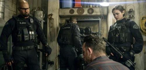 "S.W.A.T. Fall Finale Recap 12/06/18: Season 2 Episode 10 ""1000 Joules"""