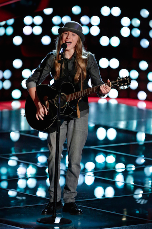 """WATCH Sawyer Fredericks Perform """"Old Man"""" on The Voice Finale Video 5/18/15"""