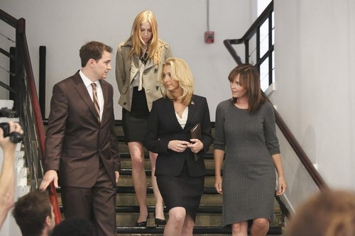 "Scandal Live Recap 10/31/13: Season 3 Episode 5 ""More Cattle, Less Bull"""