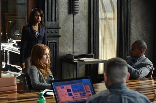 """Scandal RECAP 10/3/13: Season 3 Premiere """"It's Handled"""""""