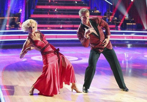 Sean Lowe Dancing With the Stars Quickstep Video 4/15/13