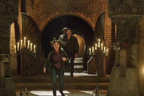 "Sleepy Hollow Recap 11/12/15: Season 3 Episode 7 ""The Art of War"""
