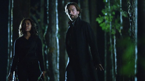 "Sleepy Hollow Recap 11/19/15: Season 3 Fall Finale ""Novus Ordo Seclorum"""