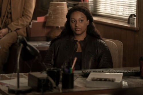 """The Walking Dead World Beyond Recap 10/18/20: Season 1 Episode 3 """"The Tyger and The Lamb"""""""