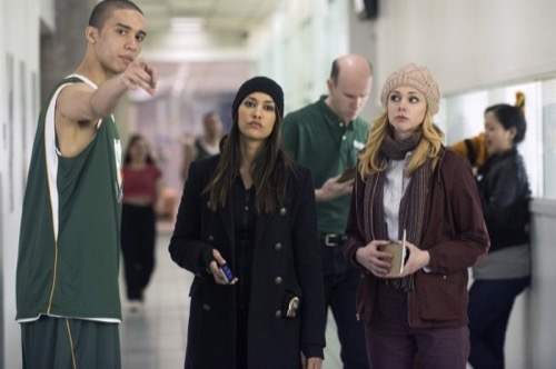 "The Mysteries of Laura Recap 4/22/15: Season 1 Episode 19 ""The Mystery of the Dodgy Draft"""