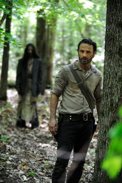 "The Walking Dead RECAP 10/13/13: Season 4 Premiere ""30 Days Without an Accident"""