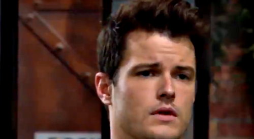 The Young and The Restless Spoilers: Can Kyle Get To Summer Before Plane Takes Off?