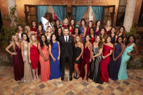 The Bachelor 2017 Premiere Recap 1/2/17: Season 21 Episode 1