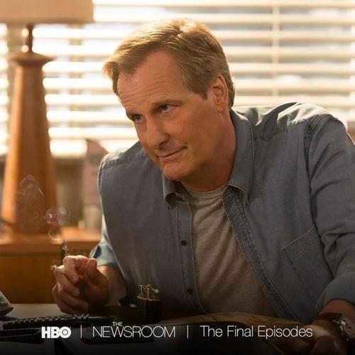 """The Newsroom Recap """"Run"""": Season 3 Episode 2"""