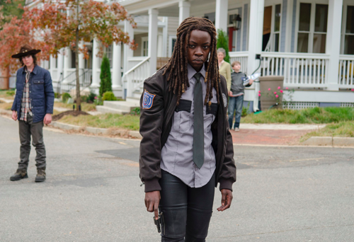 The Walking Dead Spoilers Season 5 Finale: Five Questions We Hope To See Answered - Death, War and Departure