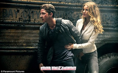'Transformers' Panned By Critics And Rosie Huntington-Whiteley Gets The Worst Reviews