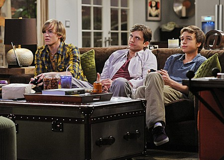 Two and a Half Men Recap: Season 9 Episode 19 'Palmdale, Ech' 3/19/12