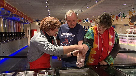 Undercover Boss Recap: Season 3 Episode 8 'Yankee Candle' 3/30/12