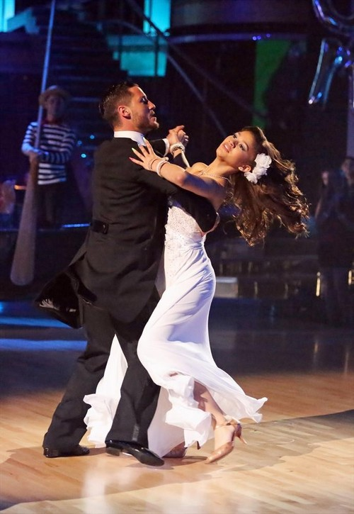 Zendaya Dancing With the Stars Samba Video 4/8/13
