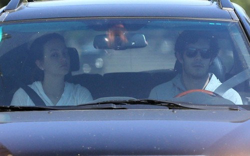 Leighton Meester And Adam Brody Engaged and Getting Married?