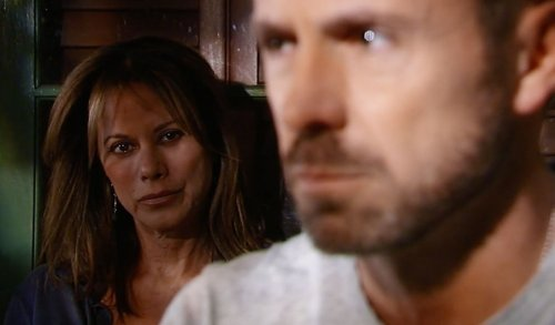 General Hospital Spoilers: Julian Donates Skin for Risky Transplant to Save Ava - Alexis Stands by Her Man, Infuriates Sam