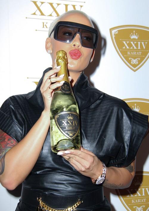Khloe Kardashian, Amber Rose Feud Escalates: Amber Rose Dishes On Kanye West's Penis Size?