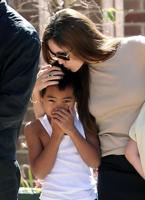 Angelina Jolie Plans Move To London For Major UN Appointment: Brad Pitt Fights To Keep Kids In Los Angeles