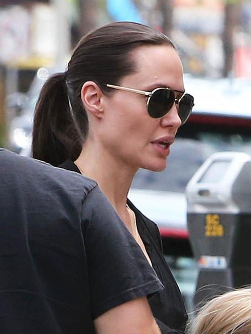 Angelina Jolie Divorce Rumors Heat Up As Brad Pitt Lusts After Sienna Miller?