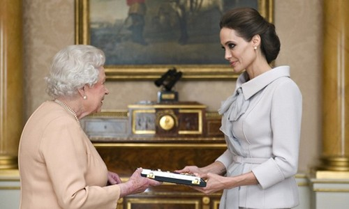 Angelina Jolie Receives Honorary Dame Commander Title From Queen Elizabeth - Kate Middleton Jealous?
