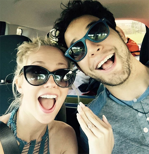 Anna Camp and Skylar Astin Engaged: 'Pitch Perfect' Stars Decide To Get Aca-Married! (PHOTO)