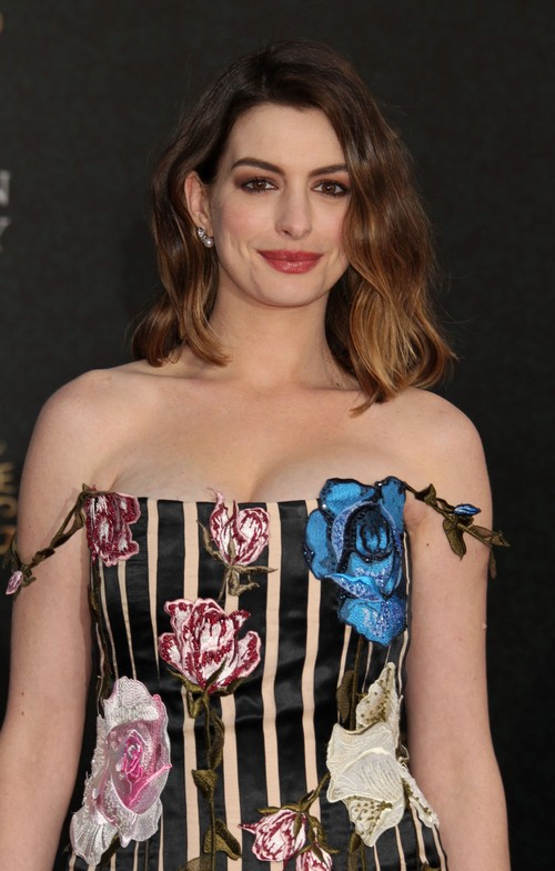 Anne Hathaway Bitter As Forbes List Proves Julia Roberts' Greater Success