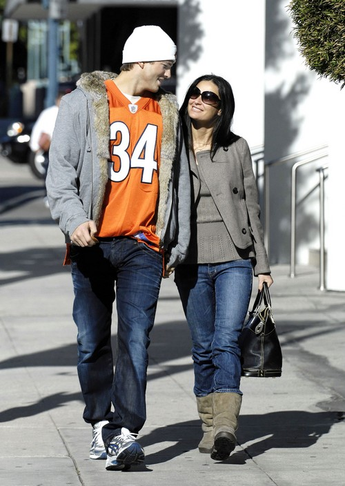 Demi Moore and Ashton Kutcher Back Together For Conference: Mila Kunis Freaking Out?