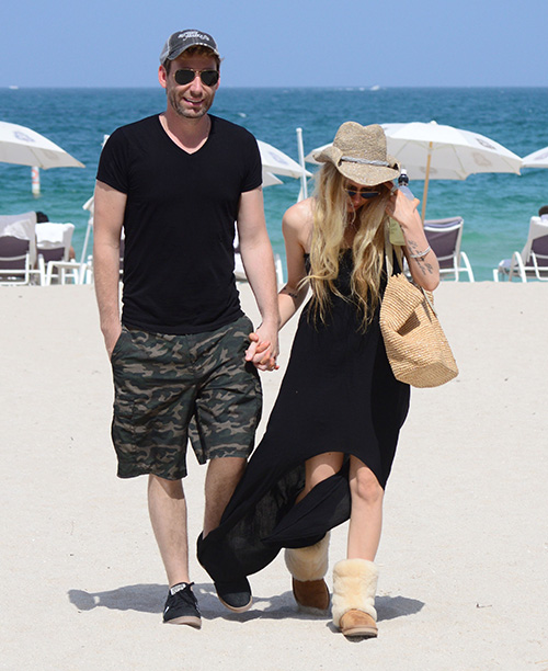 Avril Lavigne & Chad Kroeger Filing for Divorce After Chad Cheats With Miami Mystery Woman