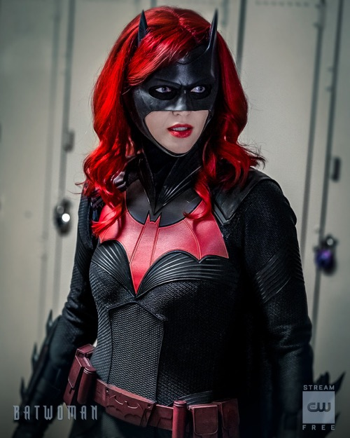 """Batwoman Winter Premiere Recap 01/19/20: Season 1 Episode 10 """"How Queer Everything Is Today"""""""